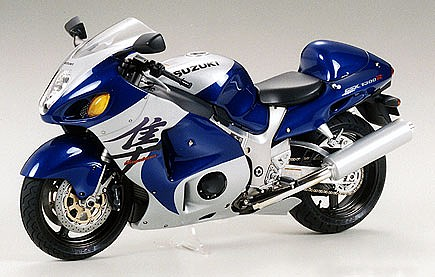 motorcycle plastic models,plastic models,Suzuki GSX 1300R Hayabusa Bike -- Plastic Model Motorcycle Kit -- 1/12 Scale -- #14090