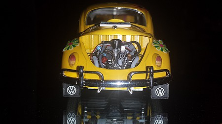 plastic models,plastic model car,1966 Volkswagen Beetle VW BUG -- Plastic Model Car Kit -- 1/24 Scale -- #24136